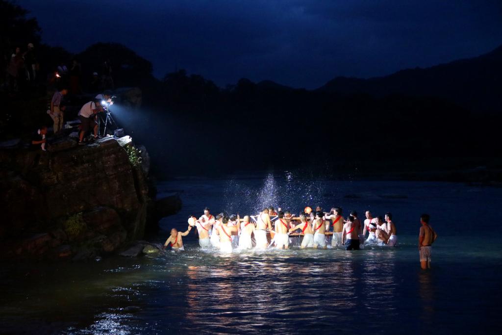 親鼻の祇園祭りの画像