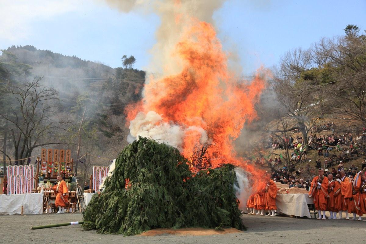 長瀞火祭り1